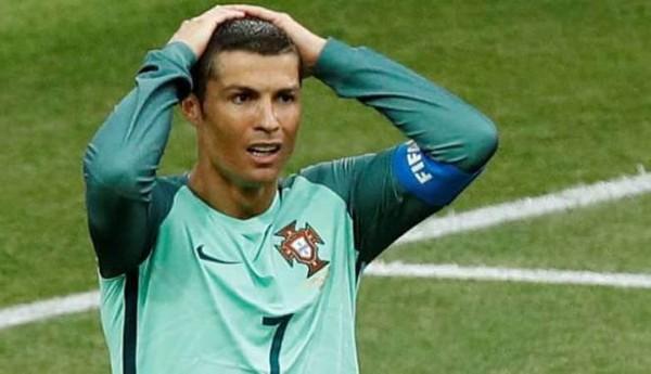 Cristiano Ronaldo Butuh Waktu Mengenai Masa Depannya