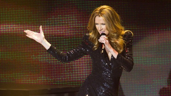 REPLAY 50 MN Inside - Céline Dion sort de son silence - People - MYTF1News