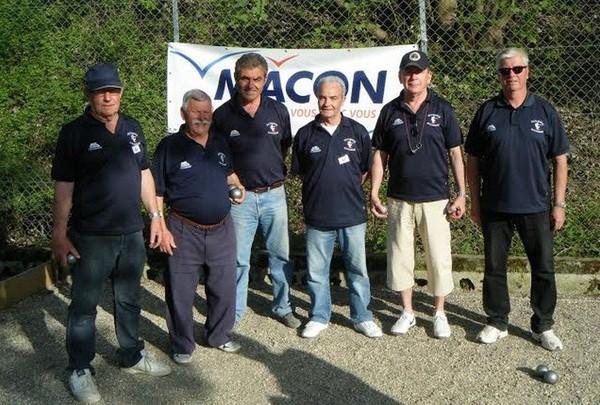 Mâcon Infos - Le Web Journal du Mâconnais - PETANQUE : Les Mâconnais disputeront pour la 1ère fois le Régional Vétérans, présentation de nos (vénérables) joueurs