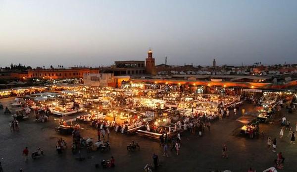 Deux adolescentes emprisonnées au Maroc pour s'être embrassées