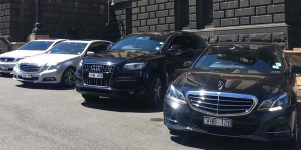 VHA Cars Melbourne Airport | VHA Chauffeured Cars Melbourne airport