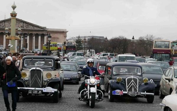 Dimanche, 700 véhicules anciens vont traverser Paris