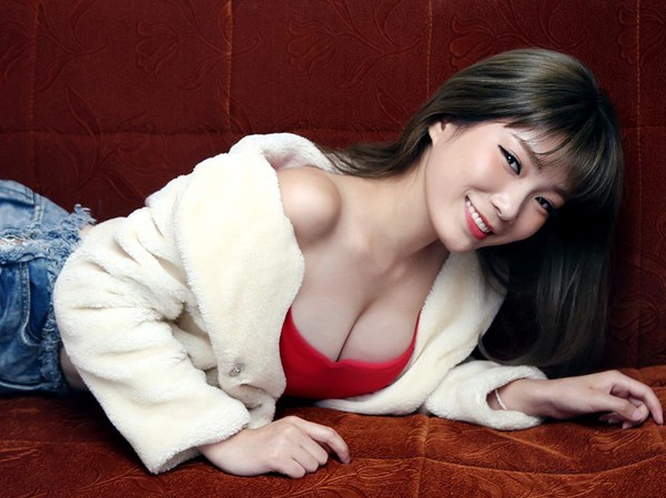 Asian Dating site for Singles meeting Asian Women for love and relationship - AsiaMe.com
