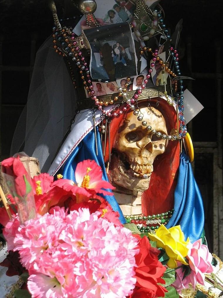 Nuestra Señora de la Santa Muerte (« Notre dame de la Sainte Mort ») - LNO