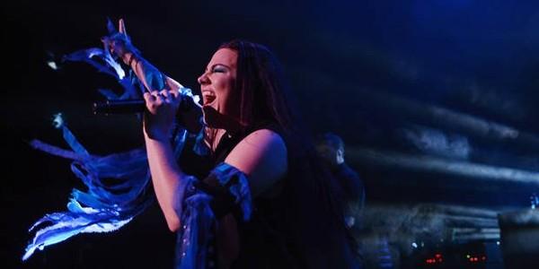 """Amy Lee d'Evanescence annonce un nouvel album: """"Nous prendrons bien le temps nécessaire"""""""