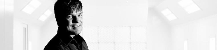 Pierre Legarth i overhalingsbanen – til lands og i luften