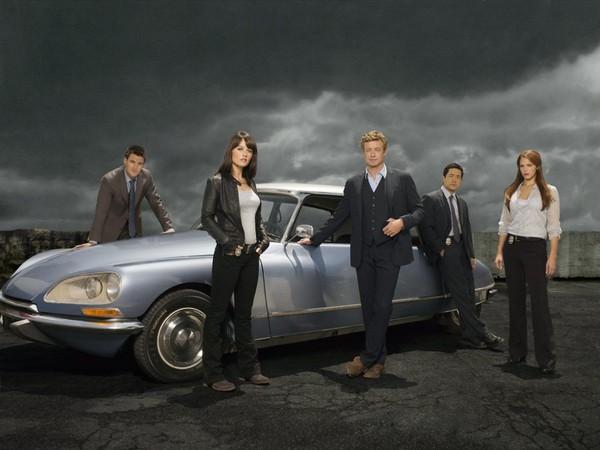 Mentalist : Simon Baker offre la voiture de la série à la France ! [Photos]