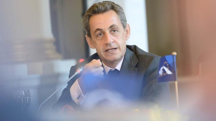 Nicolas Sarkozy s'attaque à la violence des jeux vidéo - Pop culture - Numerama