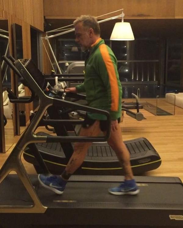 Vidéo Instagram de Gianluca Vacchi • 30 Oct. 2016 à 20h12 UTC