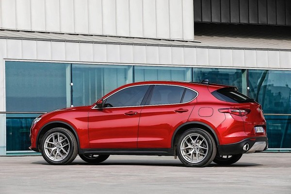 Alfa Romeo Stelvio will cost you more than a BMW X3