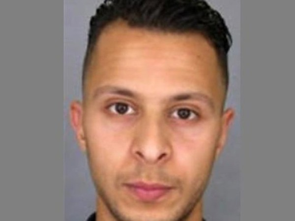 """""""Nous pensions que c'était un jeune prostitué"""" : Salah Abdeslam fréquentait les bars gays"""