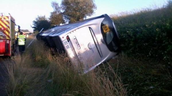 Accident de car scolaire en Sarthe. 12 blessés après une sortie de route