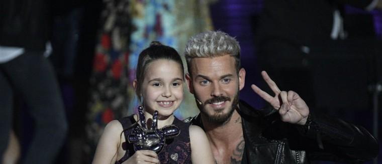 """Manuela (gagnante de The Voice Kids) : """"J'ai signé mes premiers autographes. Ça fait bizarre..."""""""