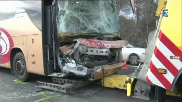 Deux autobus héraultais entrent en collision en Espagne - France 3 Languedoc-Roussillon