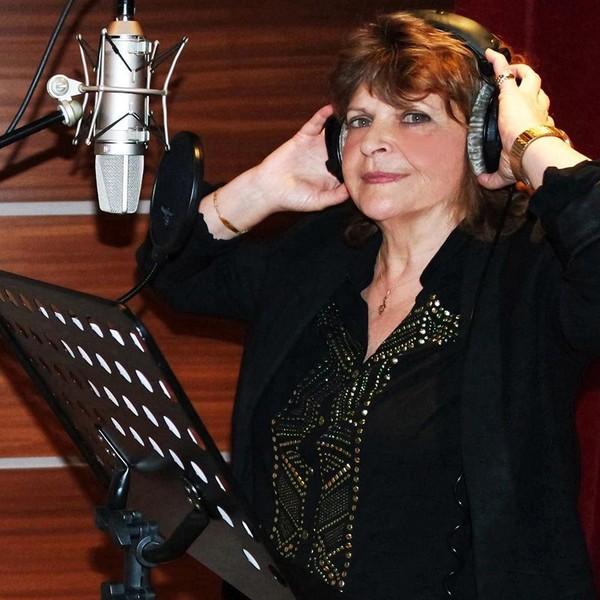 Jacqueline Taïeb rend hommage à Beate Klarsfeld - LNO