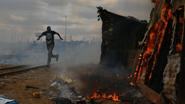 Les tensions post-électorales persistent au Kenya - France 24