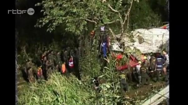 Thailande: accident de bus à Lampang, 22 morts du 24 octobre 2013, info : RTBF Vidéo