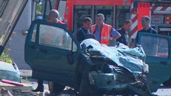 Accident mortel entre deux voitures et un bus TEC
