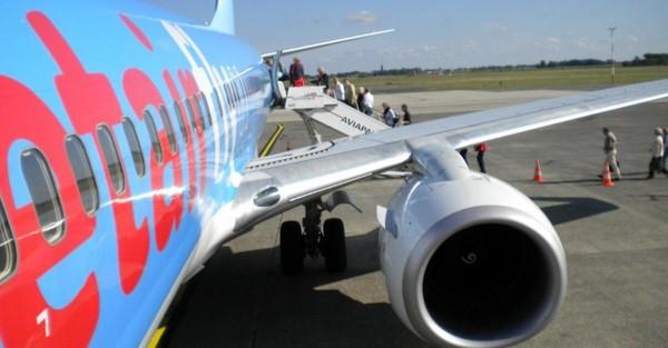 Quelque 200 passagers coincés à Miami en raison d'un avion défectueux de Jetair