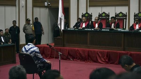 'Vonis Ahok Tidak Lazim' - Berita Harian Indonesia