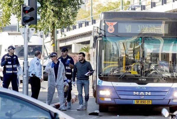 """Tel Aviv: le terroriste a agi pour """"punir Israël des attaques sur Gaza"""" (vidéo)"""