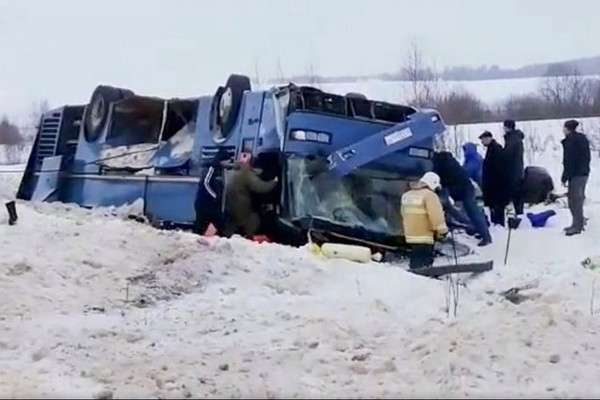 Un terrible accident de bus fait 7 morts et 24 blessés