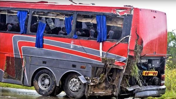 Texas: un autocar se renverse, 8 morts et 43 blessés