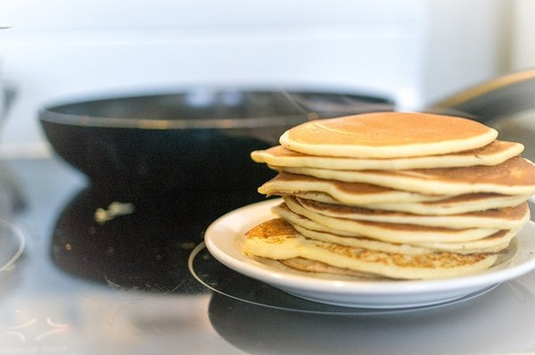 How To Choose The Best Pan For Pancakes?