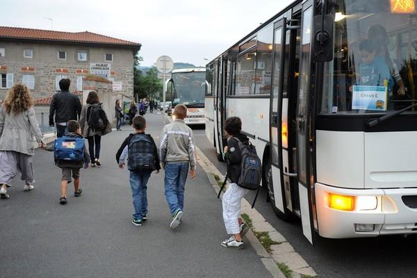 7 enfants verbalisés dans un bus scolaire