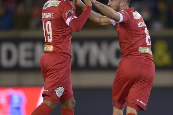 Coupe de Belgique: Marquet qualifie le RMP, le Standard se défait facilement de Saint-Trond malgré la blessure de Legear, Anderlecht ridiculisé et éliminé à Courtrai! (vidéos)