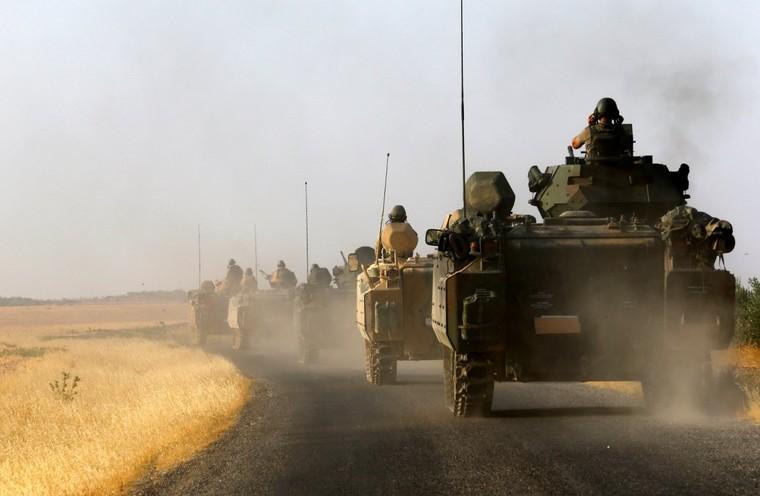 Syrie : les «rebelles modérés» ne sont qu'un mythe, estime un sénateur américain