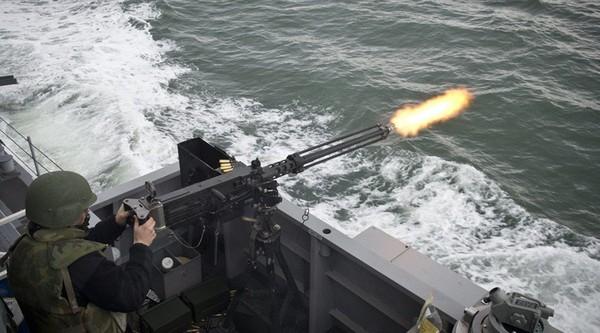 Un navire américain tire des coups de semonce à l'encontre d'un vaisseau iranien