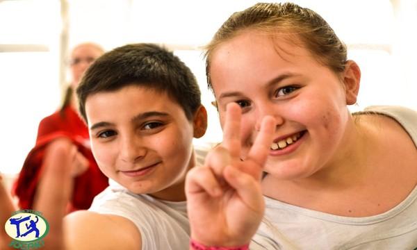 Jogaki ® Animation Anniversaires pour Enfants à Paris | Organisation d'Ateliers et Activités à domicile pour enfant ou ados | Danse et Capoeira idée cadeau garçon fille pour les 12 11 10 9 8 ...