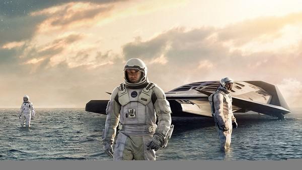 Christopher Nolan Talks Writing The INTERSTELLAR Script, The Film's Score, More