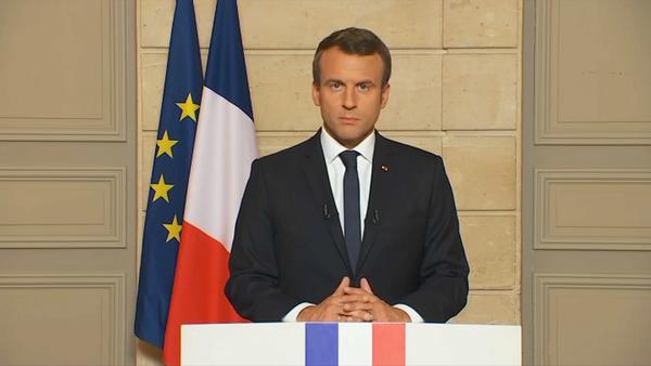 """Macron: """"Je me rendrai bientôt en Guyane pour presenter des excuses aux Comoriens"""""""
