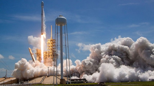 SpaceX completes two rocket missions in 48 hours