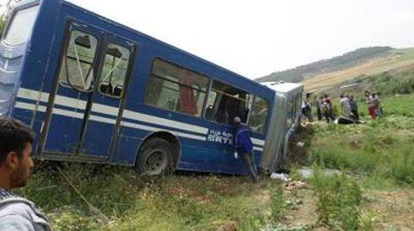 Bizerte : 30 élèves blessés dans un accident de bus