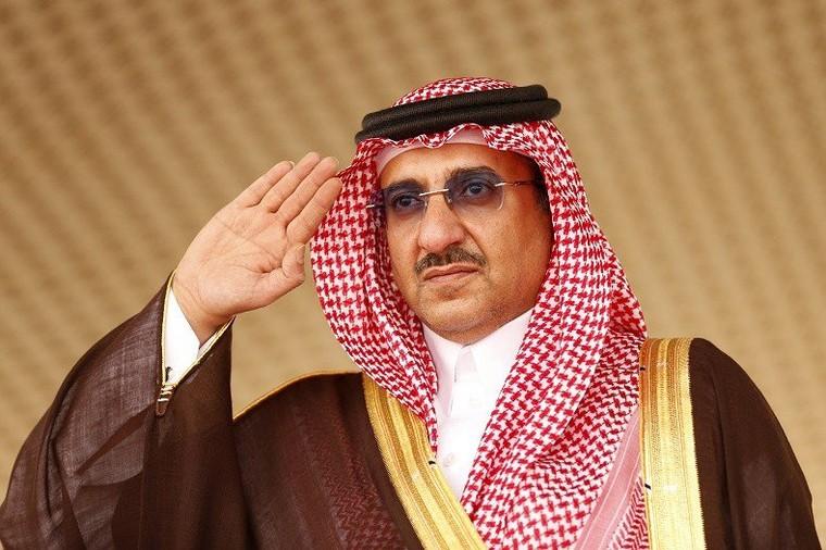 François Hollande a remis la légion d'honneur au prince héritier saoudien, a annoncé Ryad