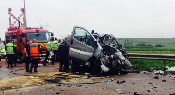Nangis Six morts dont cinq enfants originaires de Nangis lors d'un grave accident dans l'Aube