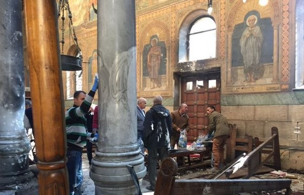 Egypte : au moins 37 morts et une centaine de blessés dans deux attentats contre des églises coptes