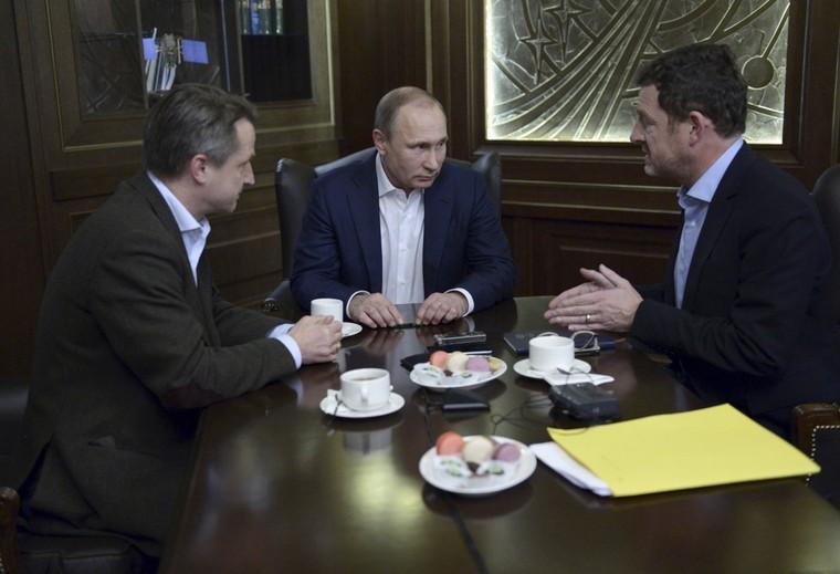 Poutine évoque l'aide occidentale aux terroristes, l'avenir de l'économie et la phobie de Merkel — RT en français