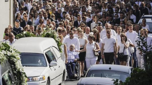 Funérailles à Vottem: la dignité des proches de Cyril