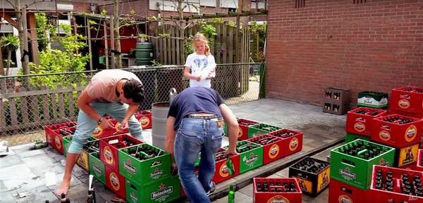 Tutoriel vidéo : construire un jacuzzi avec des bières !