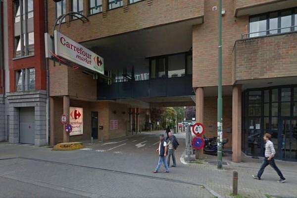 Fin de la prise d'otages dans un supermarché Carrefour à Forest