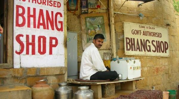 Bhang: l'ancien plateau de cannabis de l'Inde
