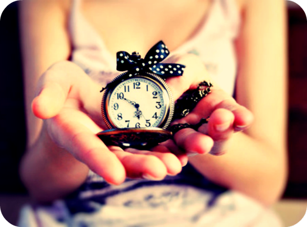 The Greatest Gift We can Give Away to Someone is our Time. - Jan Jansen