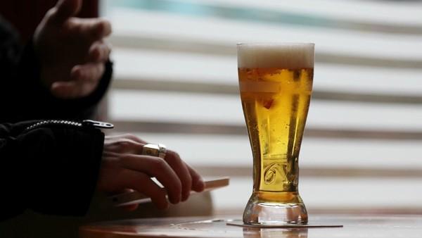 Alcool: des médecins réclament un prix plancher pour limiter la consommation