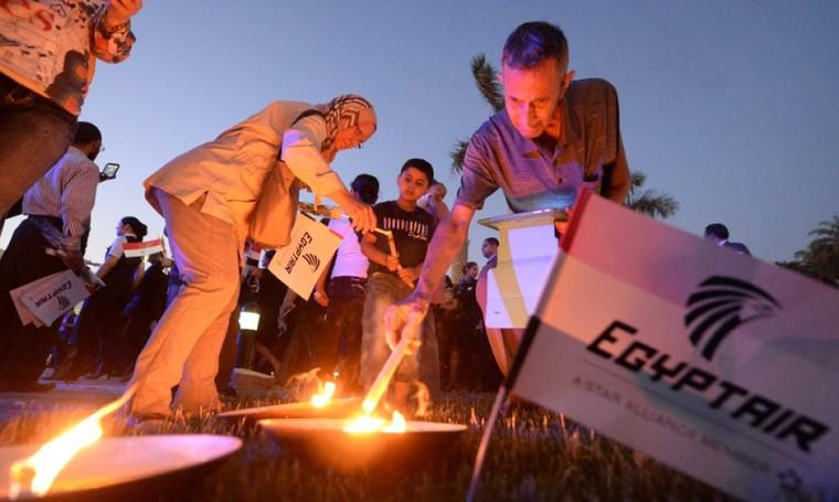 Crash d'EgyptAir: au moins 12 jours pour repêcher les boîtes noires