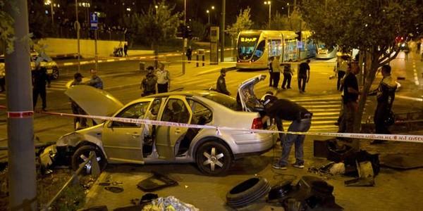 La voiture bélier, régulièrement utilisée par des Palestiniens contre les Israéliens