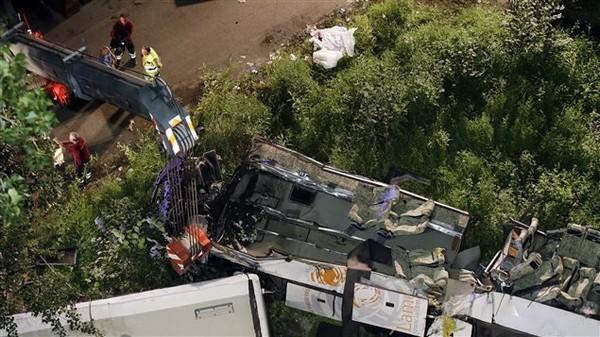 Un accident d'autocar fait au moins 37 morts en Italie | Radio-Canada.ca